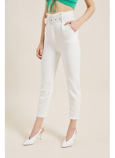 Z Giyim Kadın  Mavi  Kemerli Yüksek Bel Kumaş Pantolon Beyaz